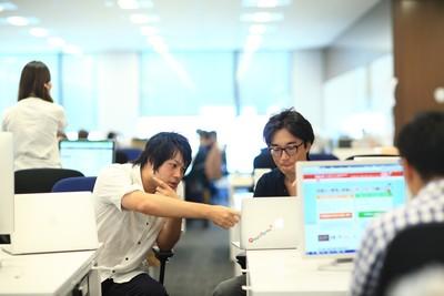 大阪オフィス立ち上げ★業界トップクラスのシェアを誇る自社サービスのフロントエンドエンジニア