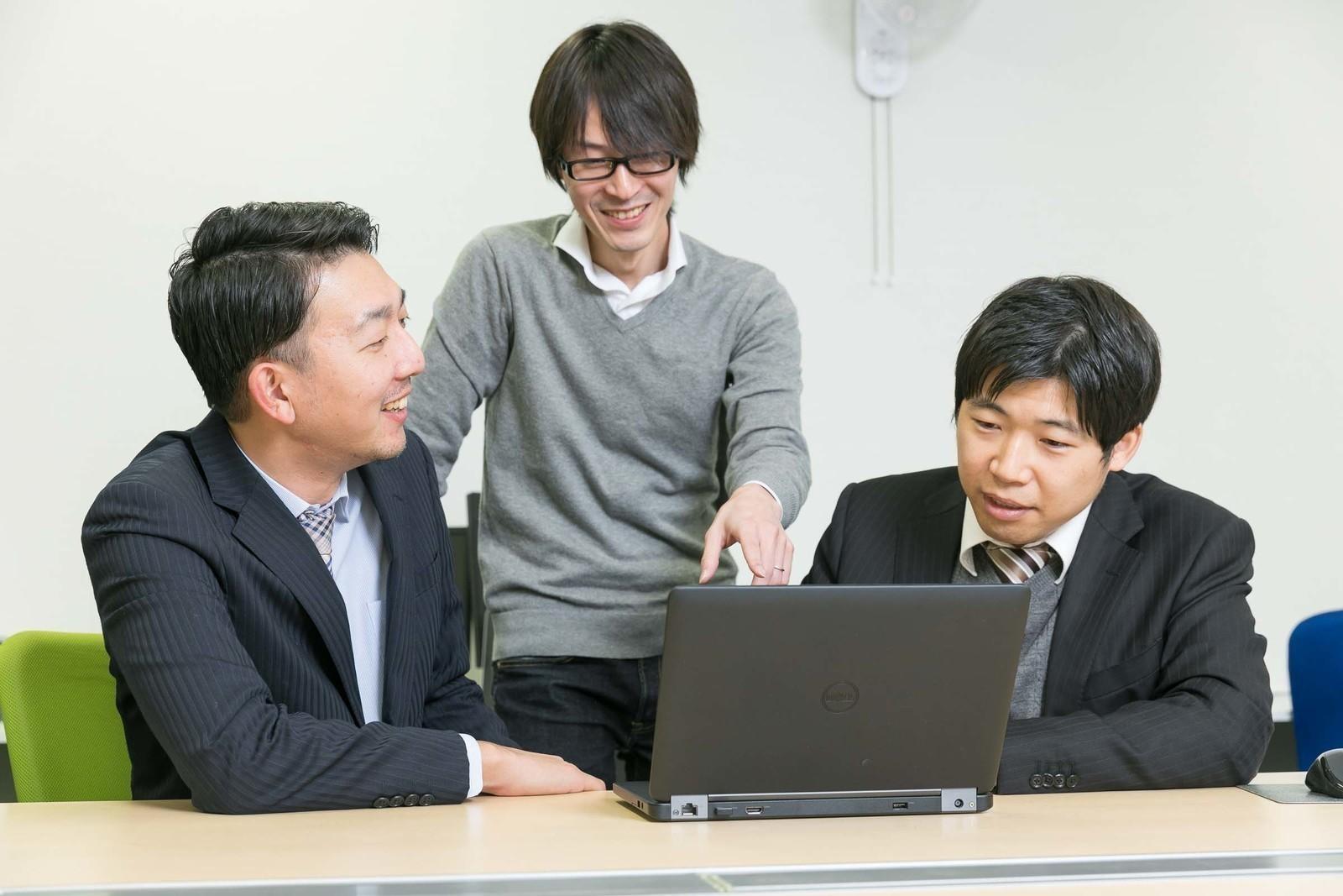 【自社製品・SI経験者歓迎】世界最強のCRM/SFAシステムを開発するJavaエンジニア募集(アドオン開発)