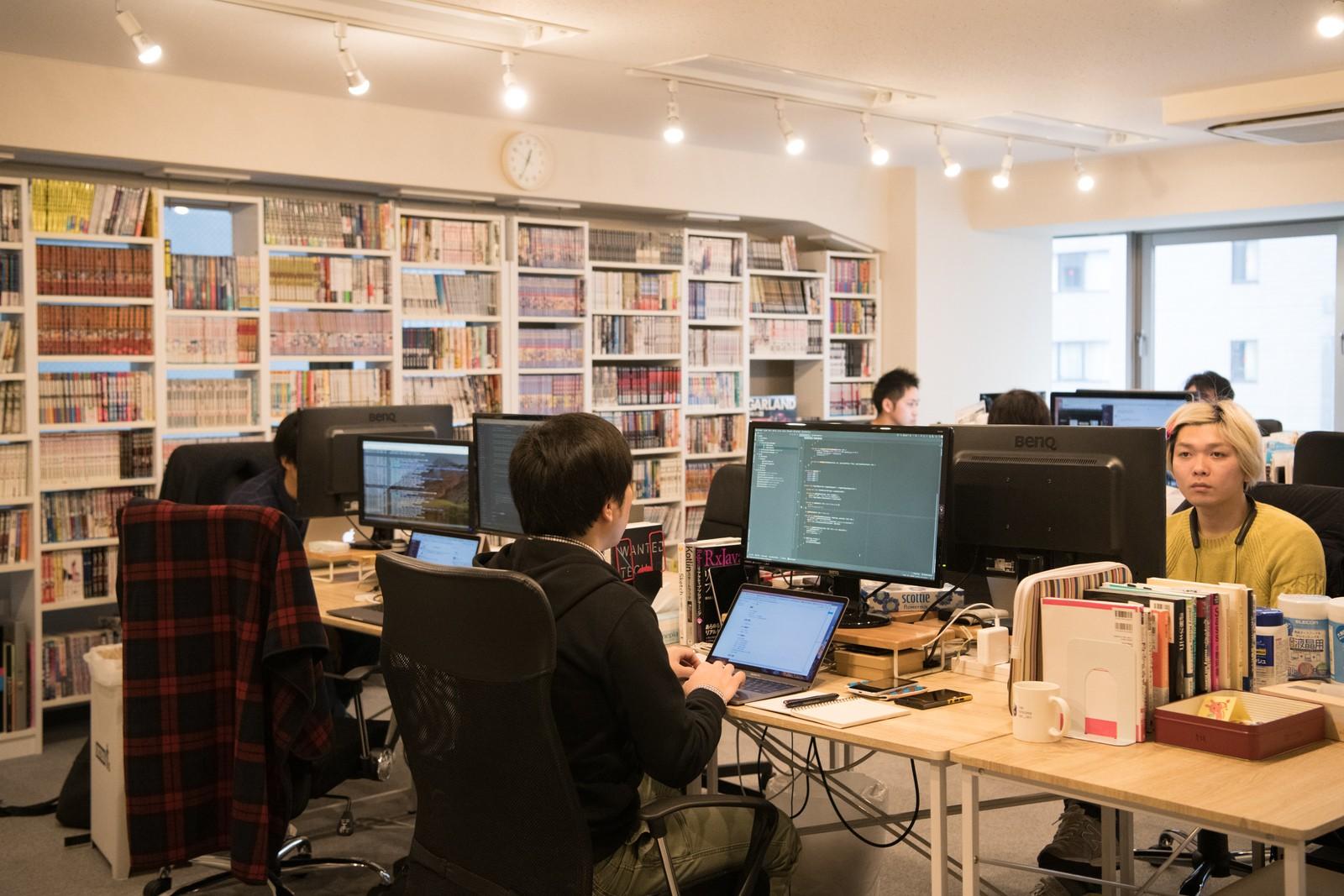 """日本最大級のオリジナルマンガ投稿サービス「マンガハック」に企画から関わり、""""多くのユーザーに使われるプロダクト開発力""""を発揮するRailsエンジニア募集!"""