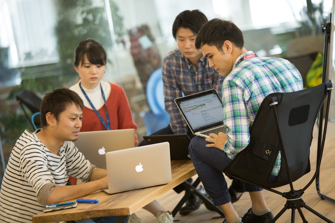 【サービス開発/Ruby】世界一の規模を誇る名刺データ化システム「GEES」の開発エンジニア