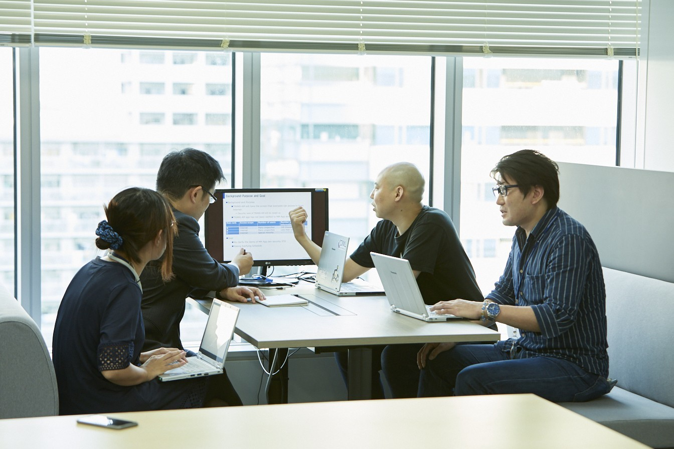 インターネットリサーチシステムを開発するWebアプリケーションエンジニアを募集!