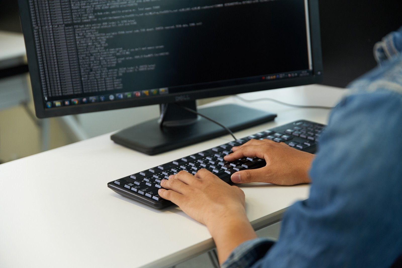 【IoT(組込み)エンジニア】3ヶ月の研修で最先端技術のプロフェッショナルへ!<プロジェクト多数/資格取得支援制度有>