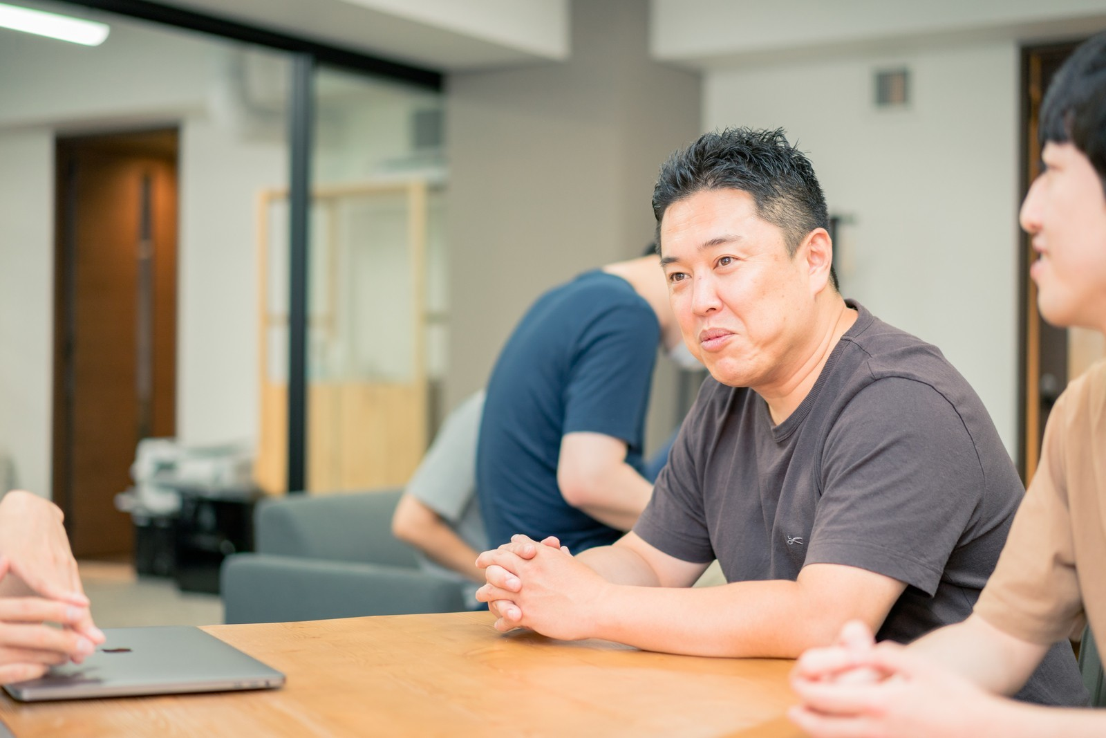【フロントエンドエンジニア】予測規模6000億円のOOH業界に挑む!プログラマティック看板広告売買プラットフォームの初期メンバー募集!アドテク業界のレジェンドが顧問!