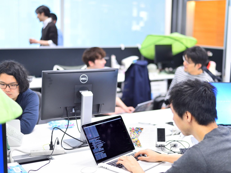 【XFLAG】新規スポーツ事業でサーバサイドエンジニアを募集