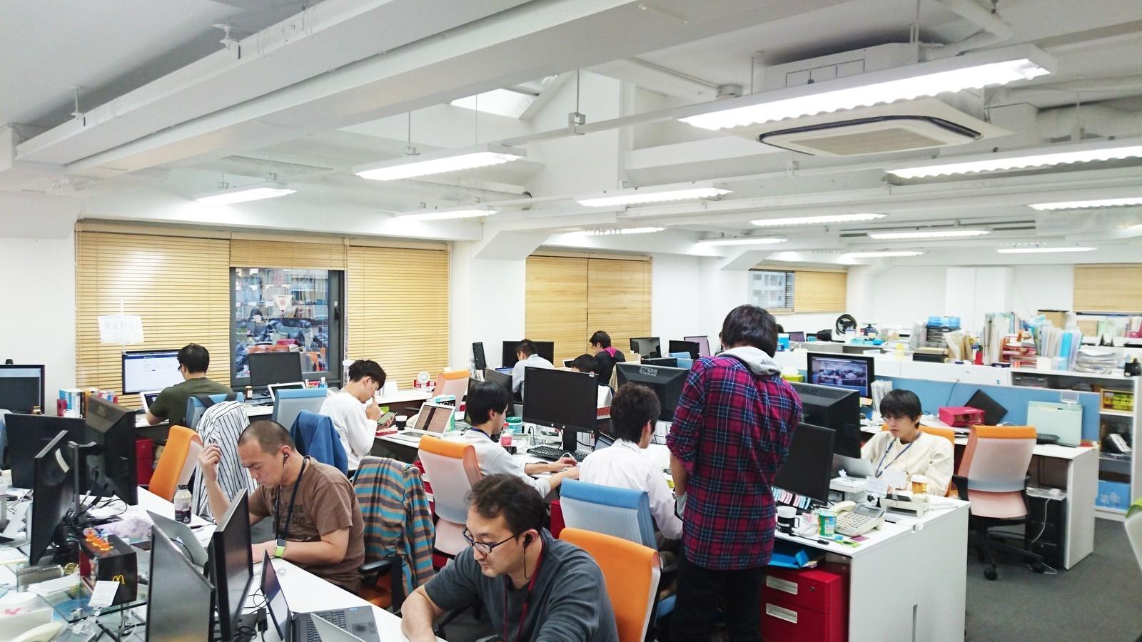 「人の成長に寄与する」サービスにWeb×業務系のノウハウを活かして挑むWebエンジニアを募集!(リーダー候補)